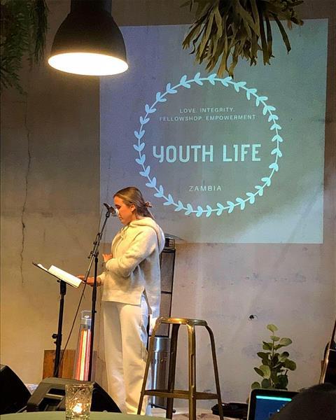 Youth Life grunder